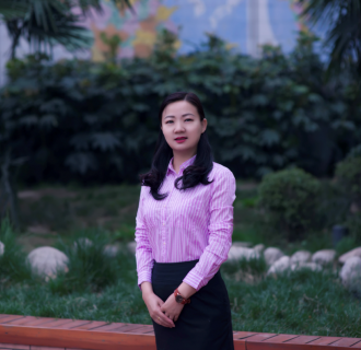 李锦——奥运火炬手、情倾体育 爱满校园