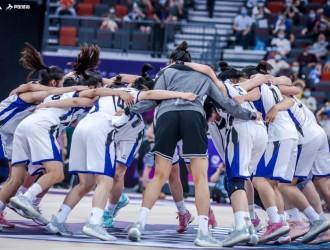 北师大女篮战胜清华女篮夺下CUBA一级联赛女篮总冠军