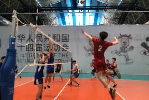 西北工业大学男子排球队全力以赴备战全国学生运动会